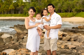 Honolulu Oahu Hawaii Baby Family Photo Mindy Metivier