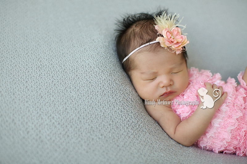 Honolulu Oahu Hawaii Newborn Photo Mindy Metivier